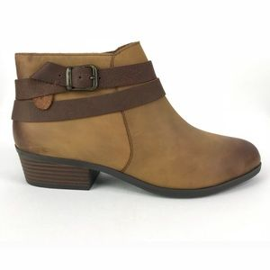 Clark's 9 W tan Addiy Cora Leather Ankle Boots